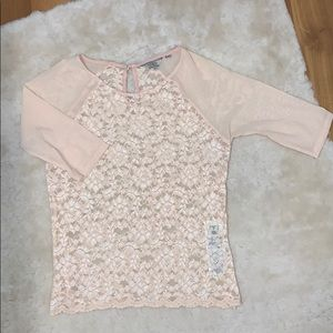 Guess Mid Length Sleeve Top